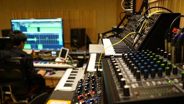 طراحی صدا در استودیو با نرمافزار