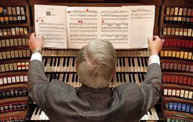 ملودی در تئوری موسیقی