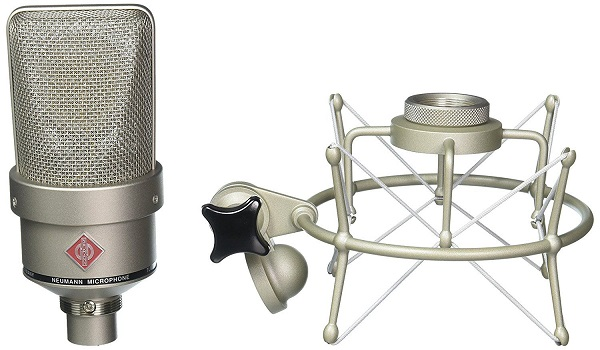 میکروفون TLM 103 With ShockMount کاندنسر کاردیوید فوقالعاده با دیافراگم بزرگ محصول کمپانی نام آشنا و محبوب Neumann است.