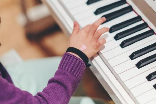 playing along music