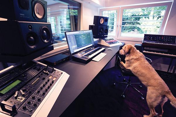 studio working time
