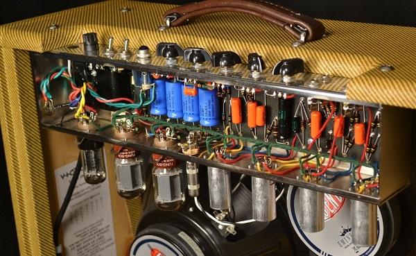tube amp inside
